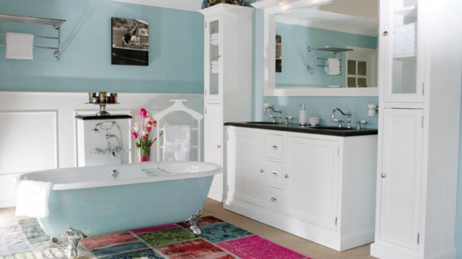 Zelfbouwmarkt - Landelijke badkamermeubels - Bouwen aan je thuis!