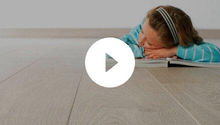 Plaatsing van pure click vinyl vloerplanken tegels