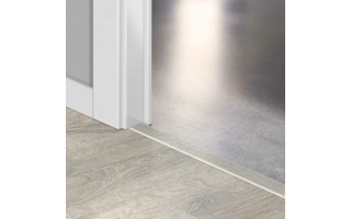 Profil incizo Quick-Step chêne patina blanc 48x13x2150mm - Sol stratifié
