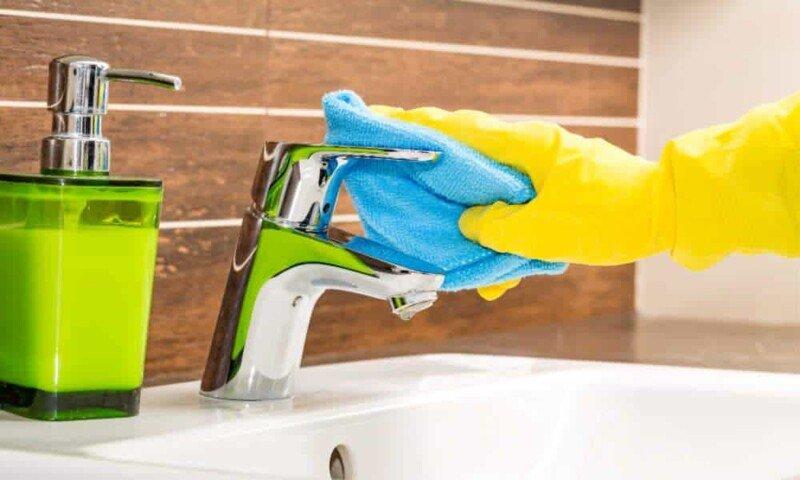 Hoe Badkamerkranen Correct Ontkalken
